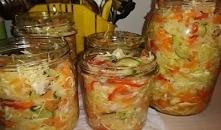 Sałatka obiadowa do słoików na zimę