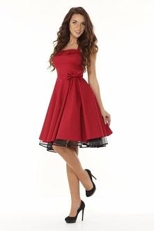 Elegancka i zmysłowa rozkloszowana sukienka retro w stylu Pin Up.