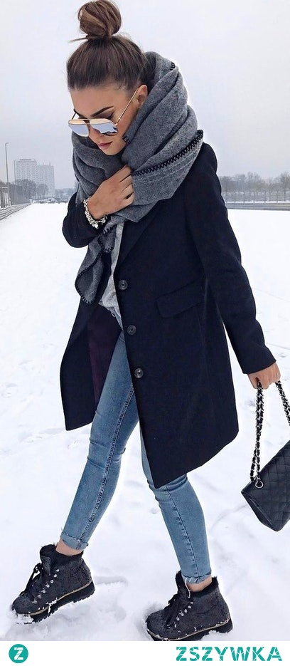 #winter #fashion / Grey Knit / Black Coat / Skinny Jeans / Black Booties