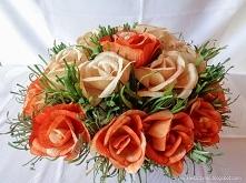 Róże z liści kukurydzy