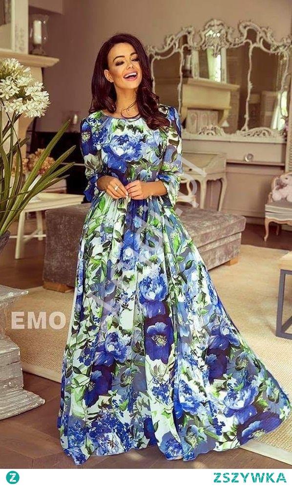 Szyfonowa zwiewna suknia w duże niebieskie kwiaty o długości maxi z długim rękawem. Z tyłu dekolt, pięknie eksponuje plecy. Zapinana z tyłu na zamek. Lekka zwiewna tkanina z kwiatowym wzorem będzie doskonałym wyborem na letnie dni. Sukienka dostępna również w odcieniach zieleni oraz w róże.