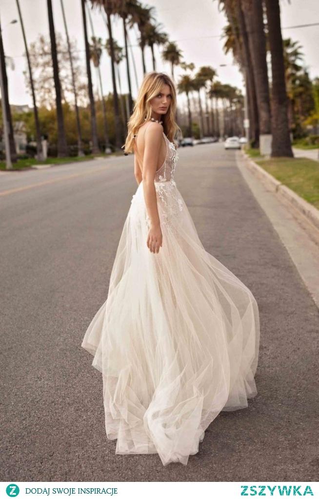 Fantastyczne suknie ślubne na sezon 2019 - na blogu ślubnym Panna Allure <3