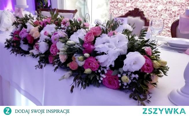 Kwiaty na stół Państwa Młodych