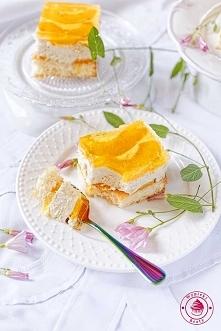 Ciasto chałwowe z brzoskwiniami - Wypieki Beaty