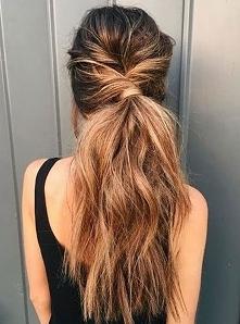 Fryzury i Uczesania dla Długich Włosów: 28 Modnych Inspiracji na Każdą Okazję
