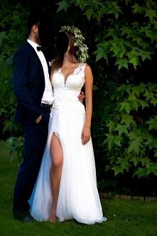 Cudowna suknia na sprzedaż. Zainteresowanych proszę o wiadomość:)