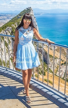 Błękitna sukienka z kolekcj...