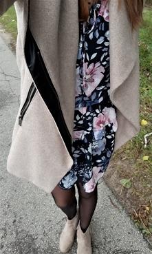 Sukienka w Kwiaty od Kaammiii z 26 sierpnia - najlepsze stylizacje i ciuszki