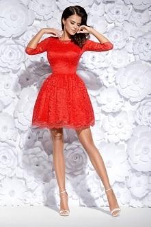 Sukienka rozkloszowana z koronki
