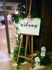 Tablica witająca gości wese...