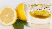 Woda z cytryną - genialny sposób na oczyszczanie i odchudzanie!