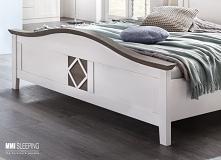 Białe łóżko sosnowe Mistral...