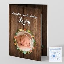 """Kartka """"Pamiątka chrztu rustykalna"""" ze zdjęciem WZÓR Oprócz zdjęcia, które możesz w niej umieścić, kartka zawiera miejsce  na odręczne wpisanie swoich życzeń lub dedyk..."""