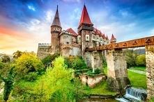Zamek Draculi w Transylwanii w Rumunii
