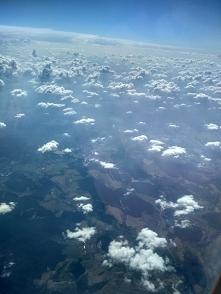 Z głową w chmurach ✈️☁️☁️
