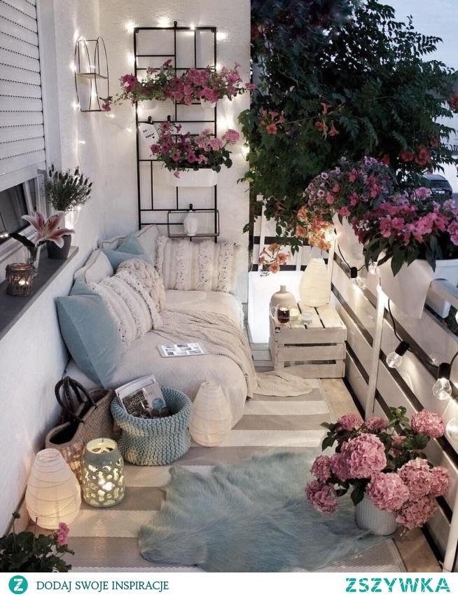 Idealnie zagospodarowany balkon