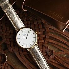 Zegarek Cluse na skórzanym pasku o błyszczącym wykończeniu to absolutny hit wśród całej kolekcji zegarków!