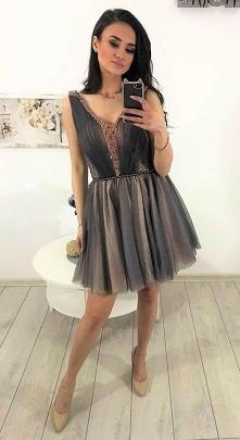 Sukienka tiulowa koraliki