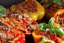 Papryka faszerowana mięsem i inne przepisy z papryką