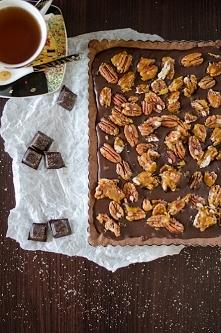 Tarta czekoladowa z karmeli...