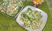 Sałatka z brokułem, makaronem i serem feta