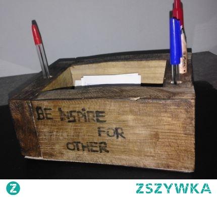 drewniany organizer