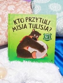 Pierwsza książka z serii o ...