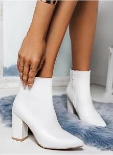 Białe botki TAK czy NIE? Do kupienia > KLIK W ZDJĘCIE