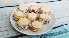 Mocno kruche, pokryte delikatną bezą ciasteczka. Lepsze od tych sklepowych - ...