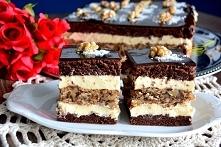 """ciasto """"Marysieńka""""   biszkopt: 7 jajek 1 szklanka cukru 2 kopiaste łyżki ciemnego kakao 1 łyżeczka proszku do pieczenia (z górką) 5 łyżek mąki pszennej tortowej (z gó..."""