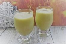 Żółty koktajl   Idealny na lekki podwieczorek lub zdrowy deser.   1 banan 1 brzoskwinia paraguayo pół jabłka pół awokado 1 łyżeczka cukru waniliowego 1 łyżeczka miodu 1 szkl sok...