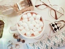 Coffee with marshmallows aw...