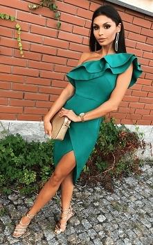 Butelkowo-zielona, asymatry...