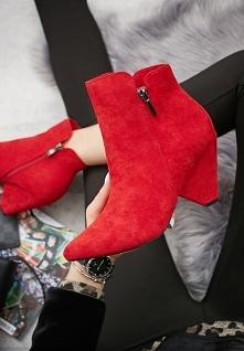 Czerwień idealna na jesień!...