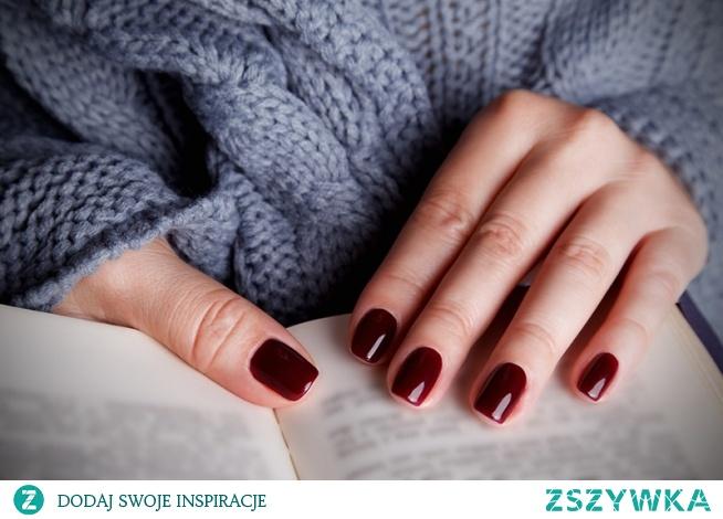 Jak prawidłowo przechowywać lakiery hybrydowe do paznokci?