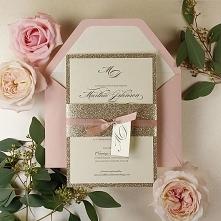 Eleganckie zaproszenia ślubne ze złotym brokatem