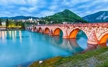 Kamienny most na rzece Drina w Bośni i Hercegowinie <3 #puzzle #układanka ...