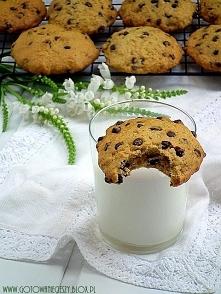 Korzenno dyniowe ciastka z groszkami czekoladowymi