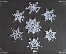 Szydełkowe gwiazdki wykonane z bawełnianego kordonka w 29 wzorach do wyboru.W...