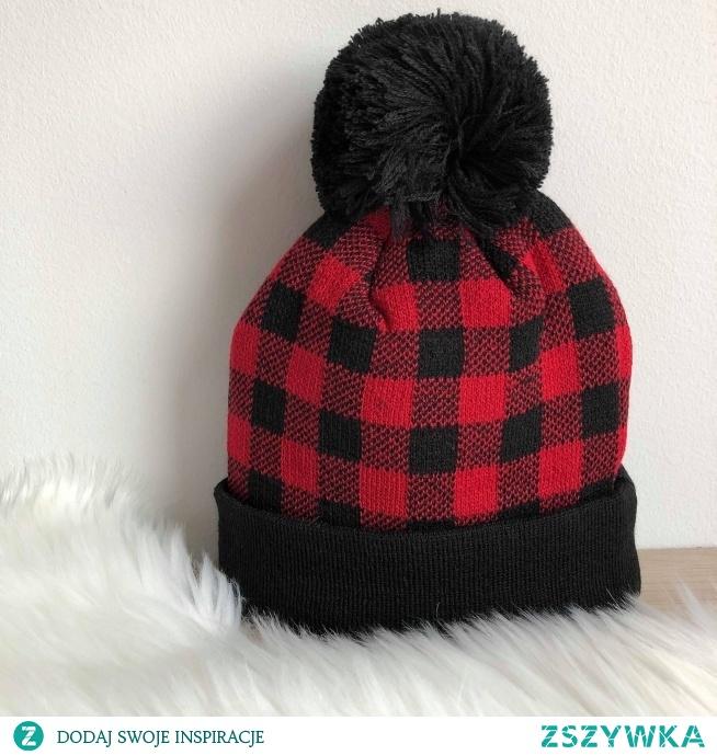 Czapki z pomponem na jesień/zimę dostępne już w sklepie! ♥ Link w komentarzu pod zdjęciem.