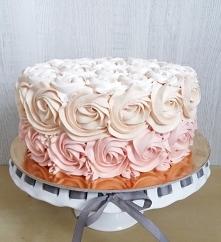 Tort urodzinowy dla kobietki:)