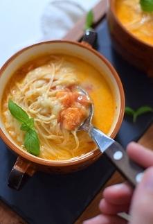 Zupa pomidorowa ze świeżych...