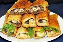 Ekspresowe krokiety z chleba tostowego z pieczarkami i mozzarellą