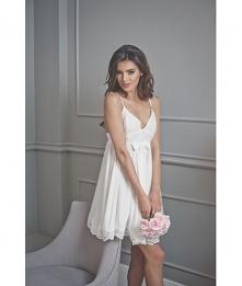 Eleganckie koszule nocne idealne na noc poślubną czy wypad na romantyczny wee...