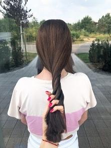 dekoloryzacja włosów u fryz...