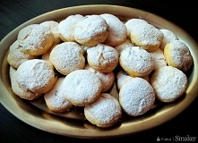 anyżowe ciasteczka z dodatkiem greckiej wódki OUZO i rodzynek. Składniki 2 sz...