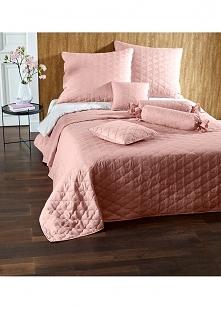 Śliczna różowa narzuta na łóżko :** podoba Wam się?