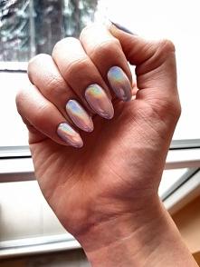 Mój nowy efekt holo na paznokciach. Nie wiem jak wy, ale ja jestem zachwycona ;)