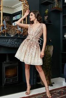 Cekinowo szyfonowa sukienka...