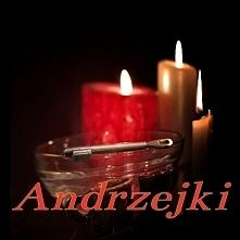 Andrzejki – wieczór wróżb odprawianych w nocy z 29 na 30 listopada, w wigilię świętego Andrzeja, patrona Szkocji, Grecji i Rosji. Pierwsza polska wzmianka literacka o nim pojawi...